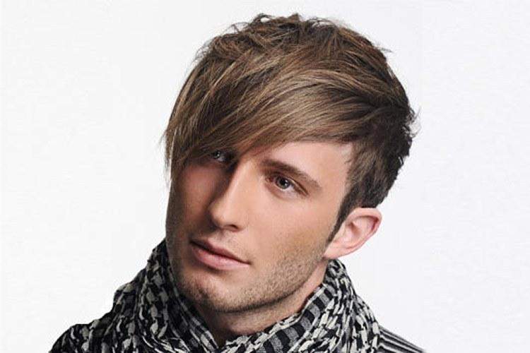 Причёска мужская с челкой