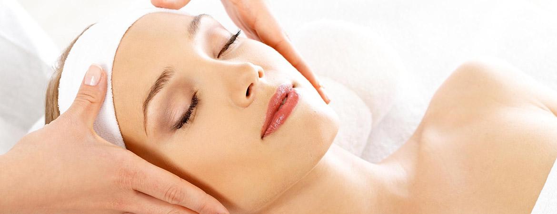 Пластический массаж лица от наших косметологов